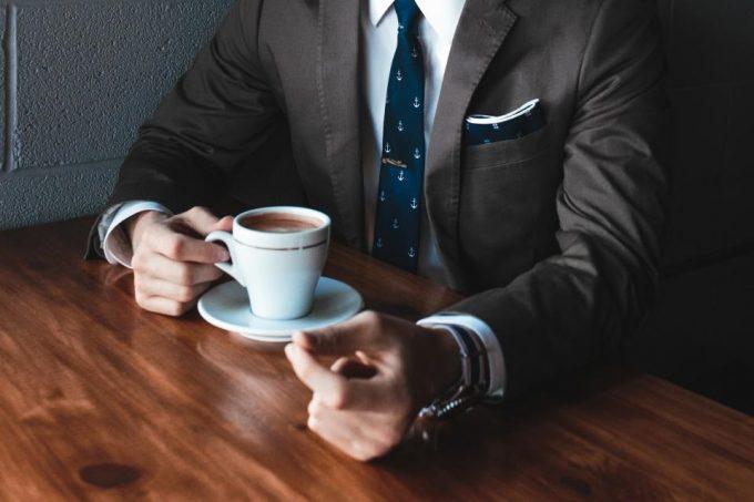 Boire du café aide à lutter contre les problèmes d'érection