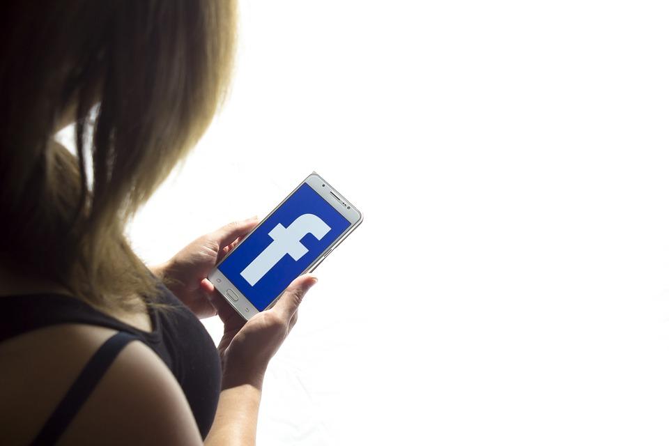comment voir un profil facebook sans tre ami les meilleurs conseils de drague. Black Bedroom Furniture Sets. Home Design Ideas
